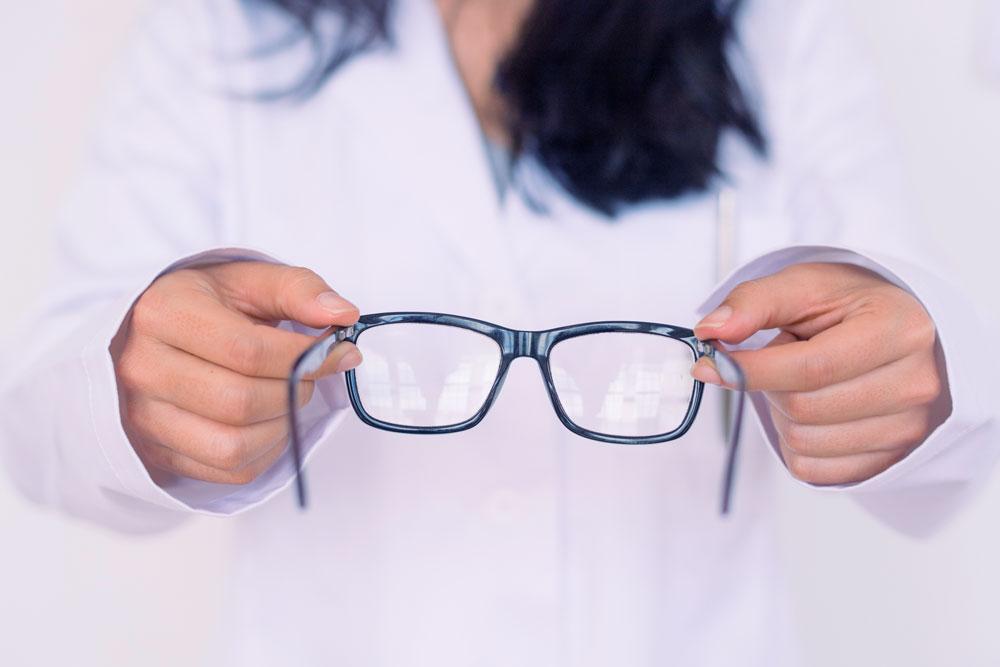 eye-doctor-12